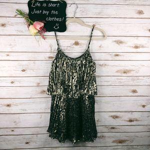 Halston Heritage Dress Size 4 Pleated